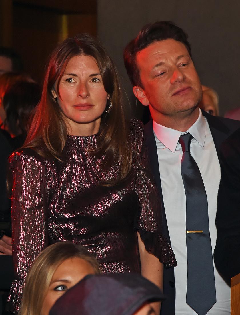 Jamie Oliver és felesége olykor együtt mutatkoznak nyilvános eseményeken.