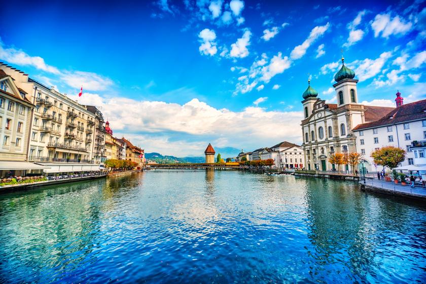 A Luzerni-tó Közép-Svájc legkedveltebb turistacsalogató vidékei közé tartozik, amin nem is lehet csodálkozni.