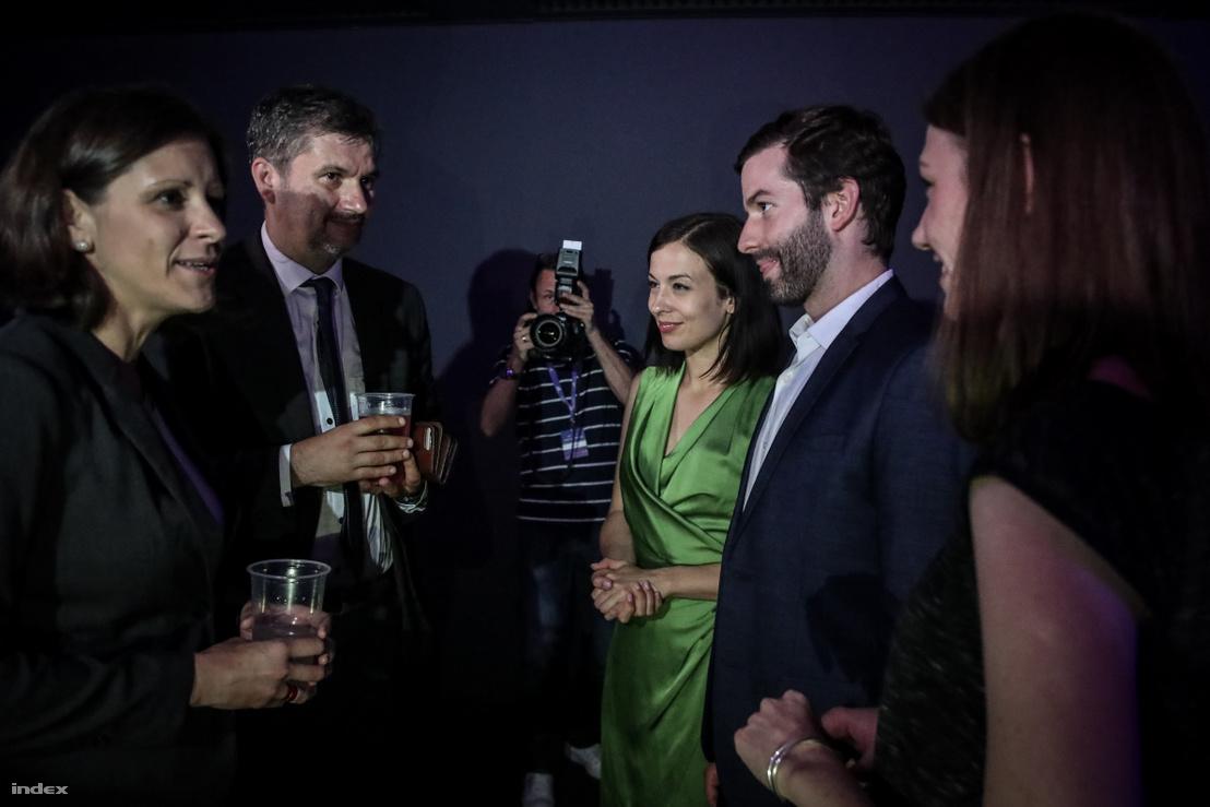 Szél Bernadett és Hadházy Ákos is ellátogatott a Momentum eredményváró rendezvényére 2019. május 26-án