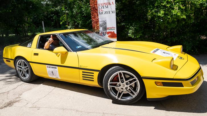 Paprikák felé dörgő Corvette