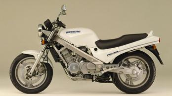 Honda NTV 650 Revere kezdő motornak?