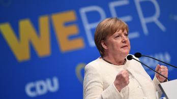 Merkel örül, hogy a Néppárt többsége támogatja Weber elnökségét