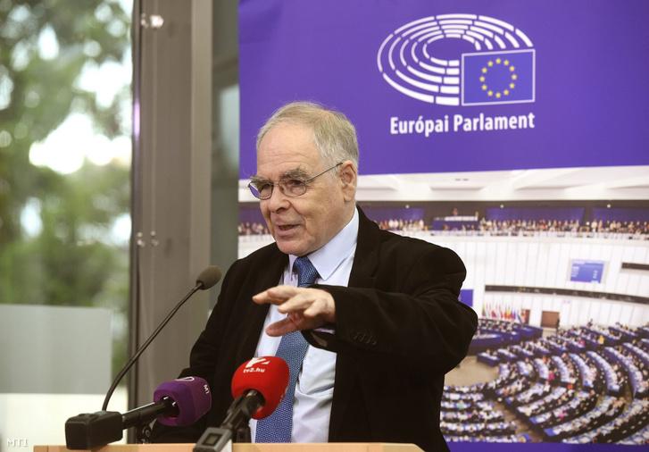 Schöpflin György