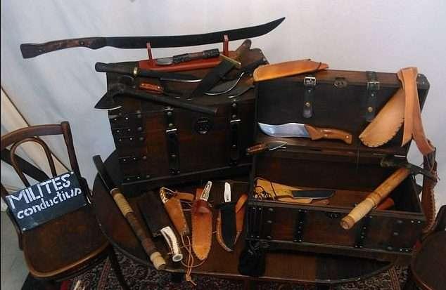 Középkori fegyverek a Torsten W. üzletében