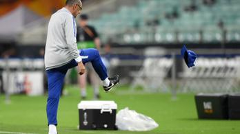 Összebalhézó játékosok, dühöngő edző az EL-döntőre készülő Chelsea edzésén