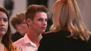 20 milliót adományoz az új-zélandi mészárlás áldozatainak a tojásdobáló fiú