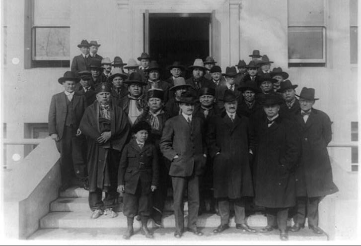 Washingtonba menesztett oszázs küldöttség