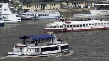 Átlagosan 41 évesek a BKV hajói, ezért újakat vennének