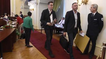 A Fidesz nem hajlandó kivizsgáltatni a patkányügyet, kivonult az ellenzék