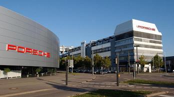 Vesztegetés miatt nyomoznak a Porsche után
