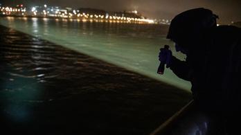 Ütközött, felborult és elsüllyedt egy hajó a Dunán, legalább 7 ember meghalt