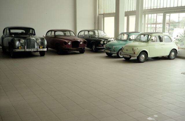 Az egyetlen autó, ami elkelt az aukción. Azóta is egy mélygarázsban rohad