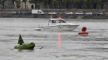 Harmadfokú készültséget rendeltek el a hajóbaleset miatt