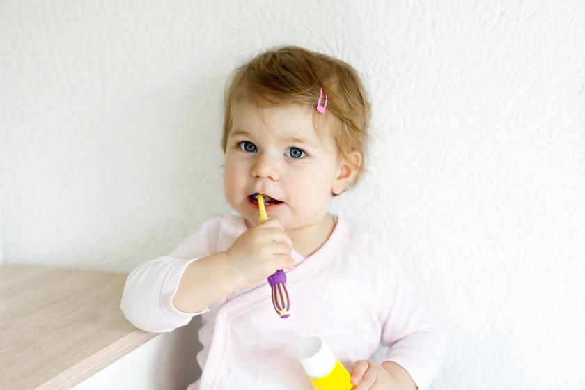 gyerek-fogkefe