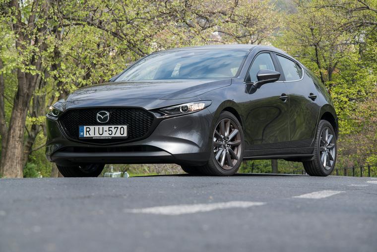 Ma már csak a Mazda ragaszkodik a szívómotorokhoz, és milyen jól teszik