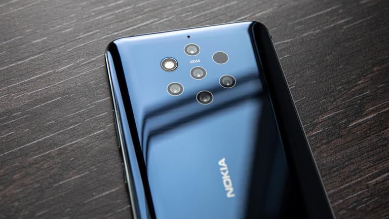 Öt szeme van a Nokia 9-nek, csak az agya kicsi hozzá