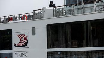 Őrizetbe vették, gyanúsítottként hallgatták ki a szállodahajó kapitányát