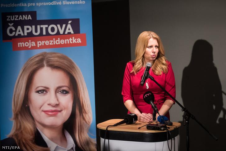 Zuzana Caputová az ellenzéki liberális pártok államfõjelöltje sajtónyilatkozatot tesz az elsõ részeredmények közzététele után Pozsonyban 2019. március 16-án a szlovák elnökválasztás napján.