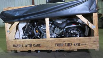 Ritkasággal teli titkos motorgyűjteményt árvereznek