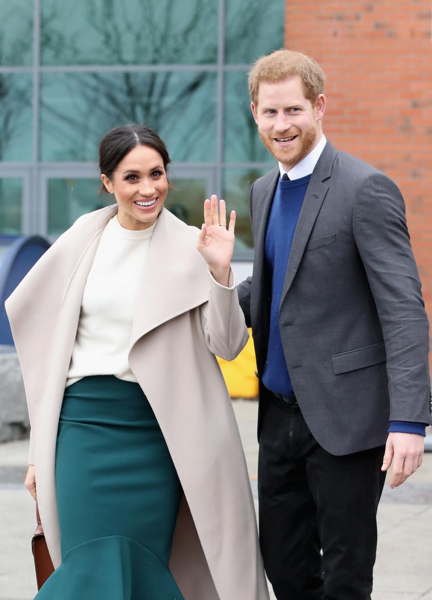 Harry barátai szerint Meghan túlságosan rátelepszik a hercegre.