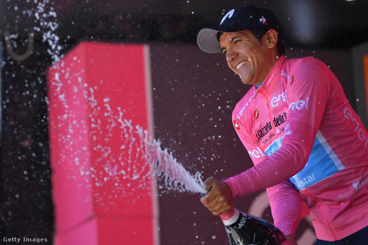 Richard Carapaz nagyon közel a Giro-győzelemhez