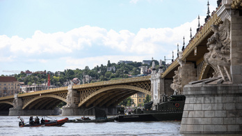 Több mint 20 centimétert apadt a Duna Budapesten