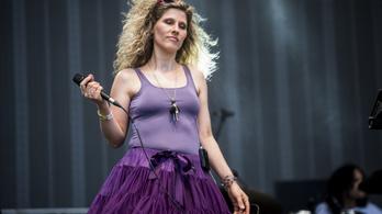 Fábián Juli barátai nehéz sorsú zenészeket támogatnak