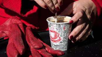 Brit kutatók szerint napi huszonöt kávé sem árt a szívnek