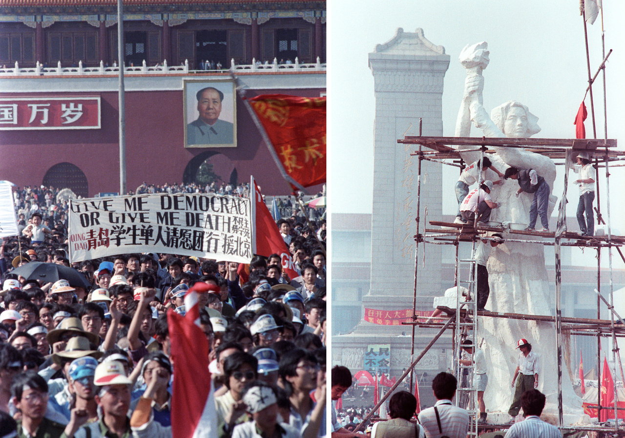 """Bal: """"Adj nekem demokráciát, vagy adj nekem halált"""" – üzeni a tüntetők molinója a Tienanmen térek 1989. május 14-én. Háttérben a Tienanmen, azaz a Mennyei Béke Kapuja, Mao Ce-tung portréjával. / Jobb: diákok dolgoznak a """"Demokrácia Istennője"""" szobron, 1989. május 29-én. A szobrot az amerikai Szabadság-szoborról mintázták a diákok, a Tienanmen téri tüntetés vérbe fojtása után egyből ledöntötték."""
