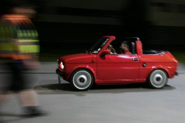 Egyliteres, 101 lóerős turbómotor hajtja ezt a kabrió Polski-Fiatot