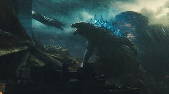 A kutyát sem érdekli Godzilla és a háromfejű, tűzokádó sárkány