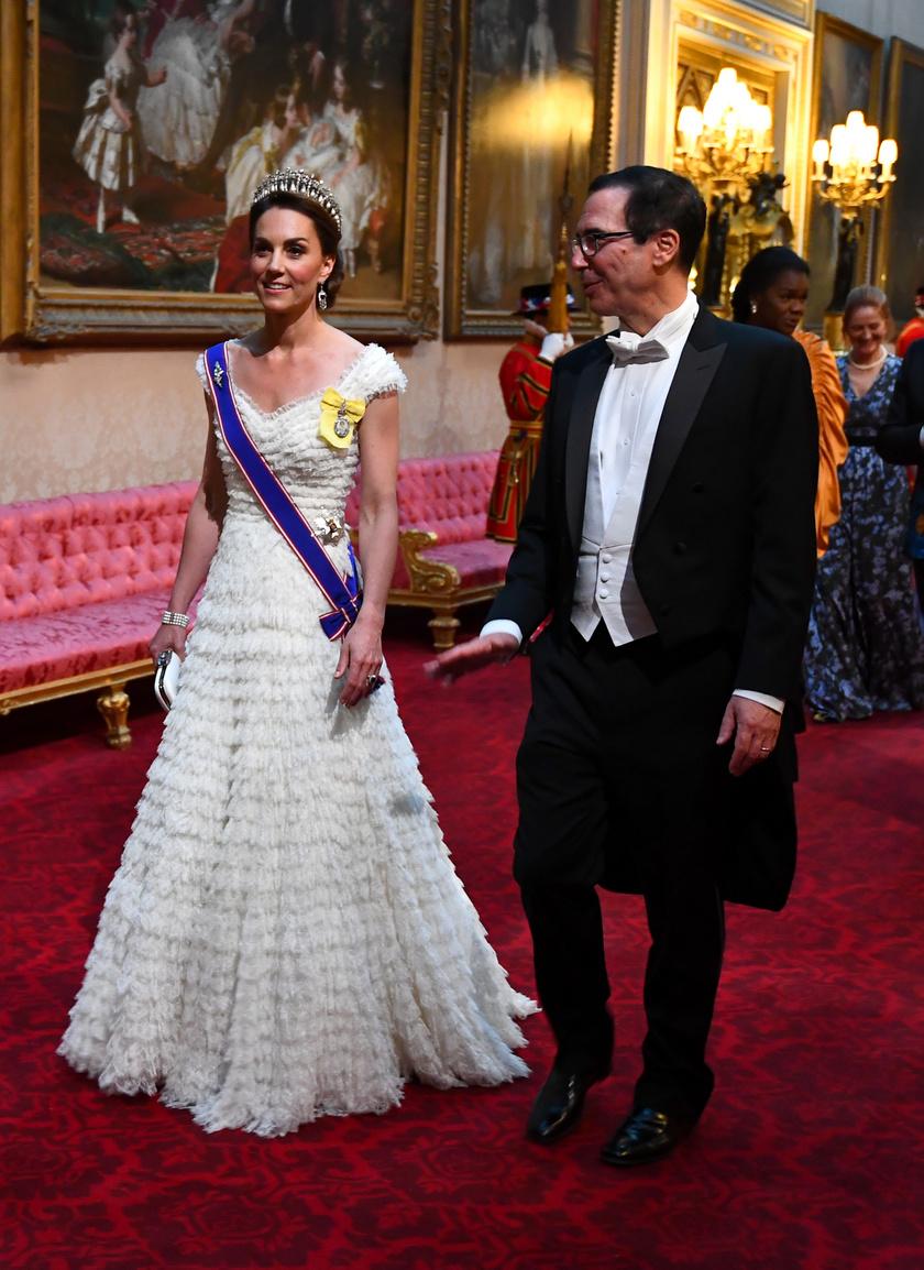 Katalin hercegné álomszép volt a rendezvényen - ez az Alexander McQueen-kreáció tökéletes választás volt.