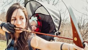 Ez a nem éppen hétköznapi anyuka 9 hónapos kislányával jár vadászni
