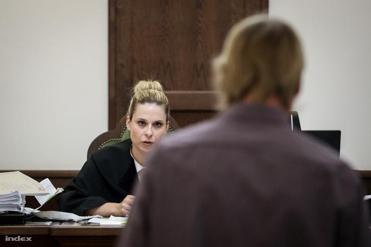 H. István a bíróságon