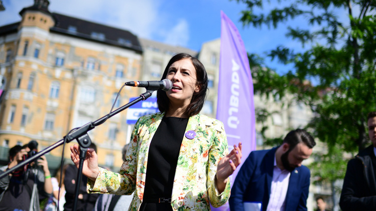 Terítékre került Cseh Katalin a kormányközeli sajtóban