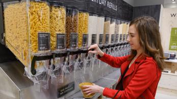 Csomagolásmentességgel kísérletezik egy angol boltlánc
