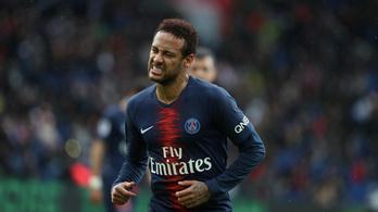 A nemi erőszak vádja tetőzte be Neymar botrányévét