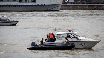 Újabb holttestet hoztak fel az elsüllyedt hajóból