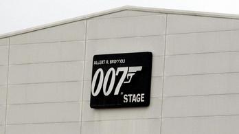 Robbanás volt az új Bond-film forgatásán, egy ember megsérült