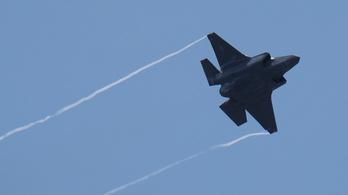 A világ legdrágább és egyik legrosszabb vadászgépét veheti a kormány