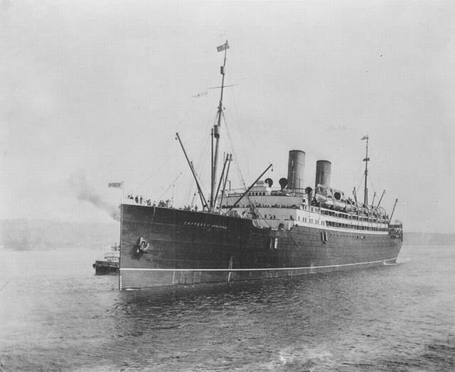 Empress of Ireland. Szénszállítóval ütközött a Lőrinc-folyón. Az Empress elsüllyedt, a szénszállító nem.