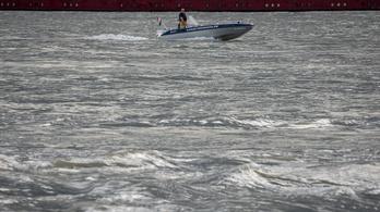 Egy nap alatt 8 centivel emelkedett a Duna vízszintje