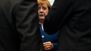 Merkellel, de nélküle is végződhet a német kormányválság