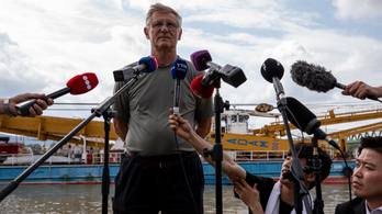 Úszódaru-kapitány: Legkorábban vasárnap délután kezdhetik el kiemelni a roncsot