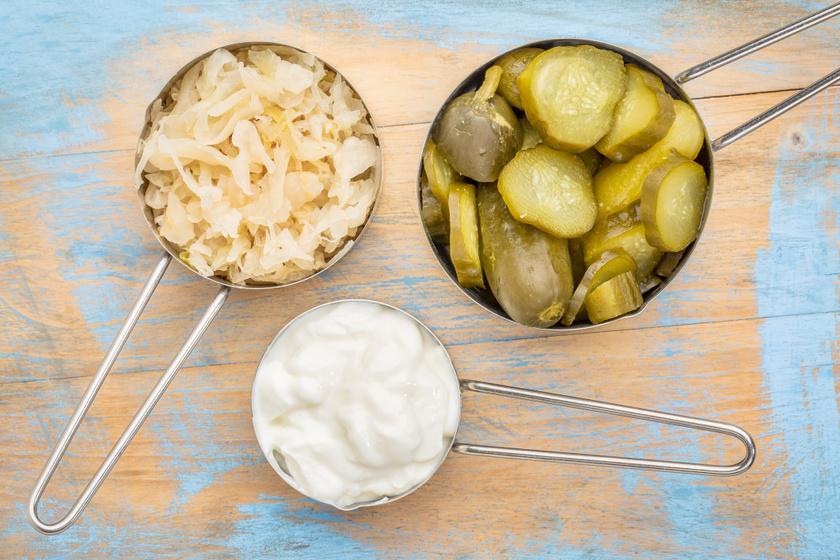 Rendbe teszi a bélflórát, erősíti az immunrendszert: 8 probiotikus étel, amit gyakrabban kellene fogyasztani