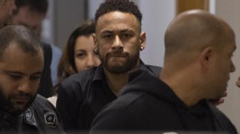 Neymar vallomást tett nemierőszak-ügyben
