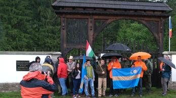 A román külügy szerint a magyarok szították a feszültséget az úzvölgyi temetőben