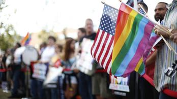Nem loboghat szivárványos zászló a Pride alatt több amerikai nagykövetségen