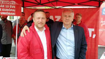 Pécsen is egy polgármesterjelölt mögé áll be az ellenzék