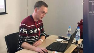 Letartóztattak öt orosz rendőrt, akik egy ismert újságírót akartak drogügybe keverni